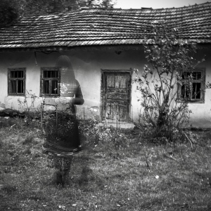 ghost_of_an_old_house_by_elementik